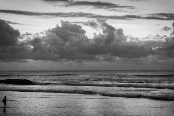 plage juta beach noir et blanc