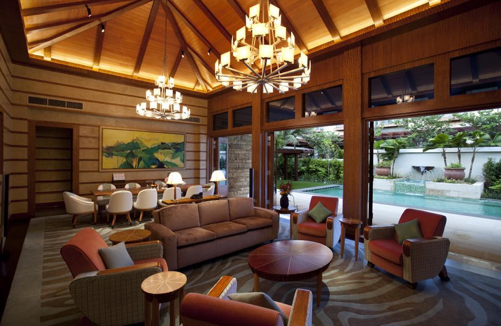 Resorts World Sentosa – Crockfords Tower