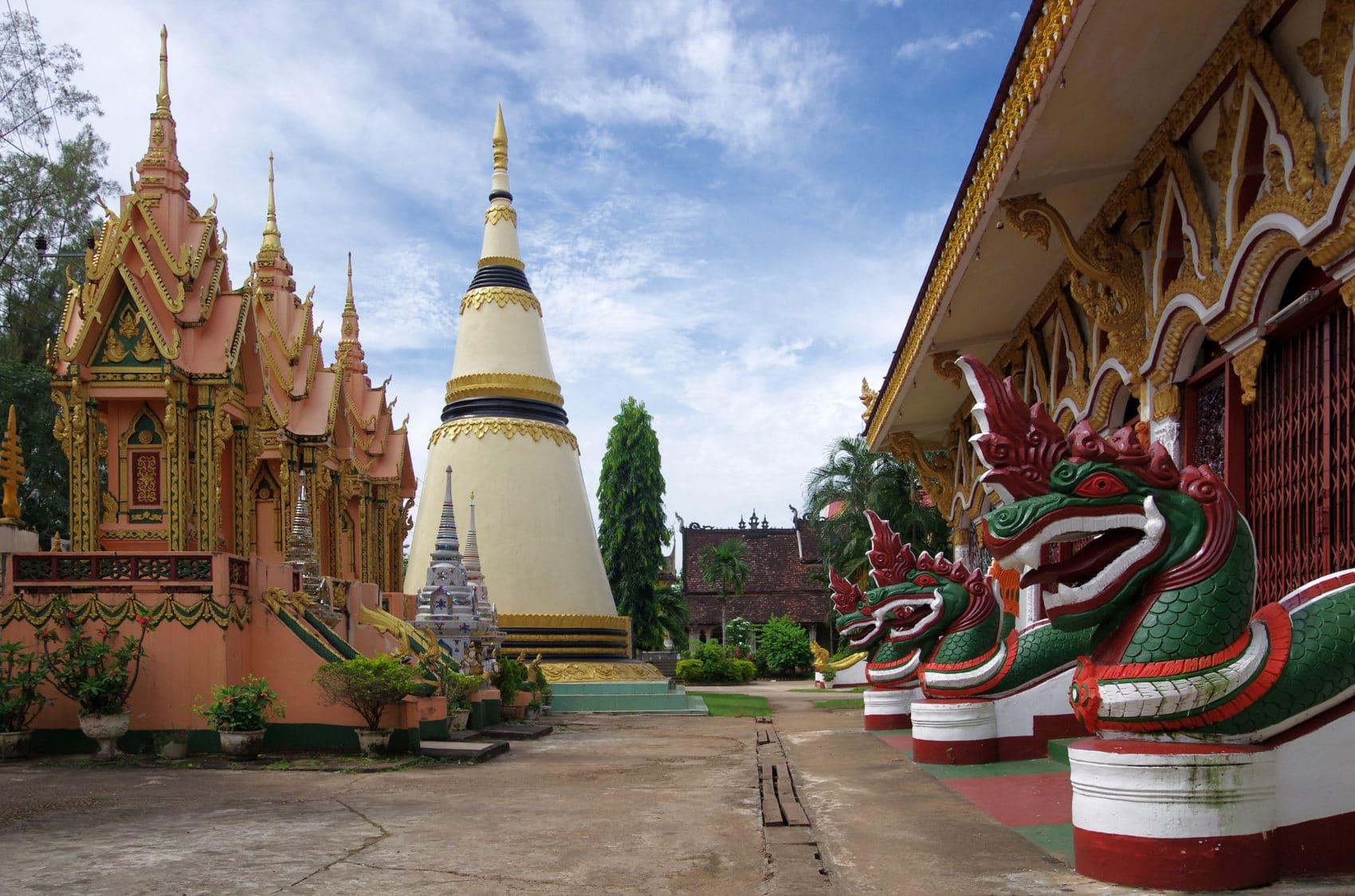 Paksé au Laos (1/2) : trajet depuis les 4000 îles, visites et bonnes adresses